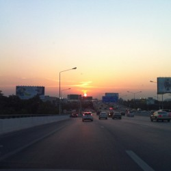 phaipaii:  #sunset in #bangkok (at สวนพระราม 9)