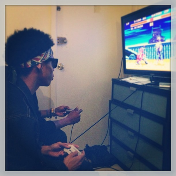 proera:  Suppa Slacka @diamonddimez & @slickjackson Playin' Street Fighter