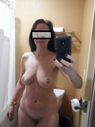 iloveselfshots:  Mmmm…Thanks for the submission!