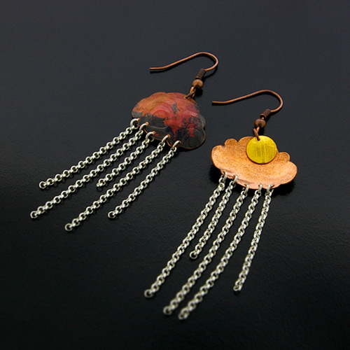 fyeahindigenousfashion:copper stormcloud earrings, Gwaai Edenshaw (Haida)