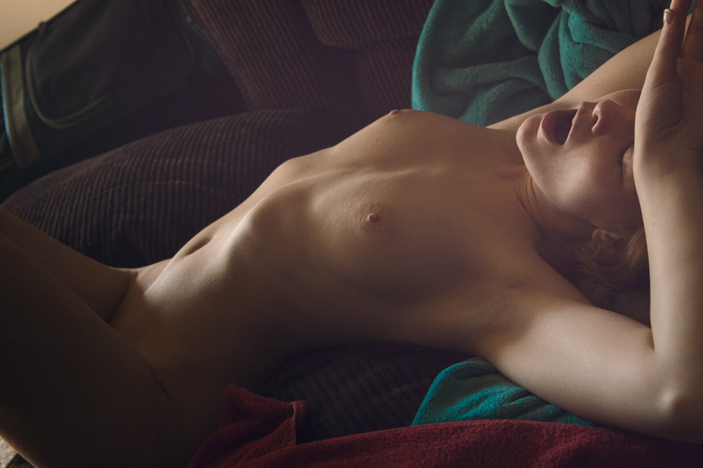 dorkypyro:  Yawwwwwwwn  Waking up a long time ago. :D With Jesse Paulk Model: Shantia Veney