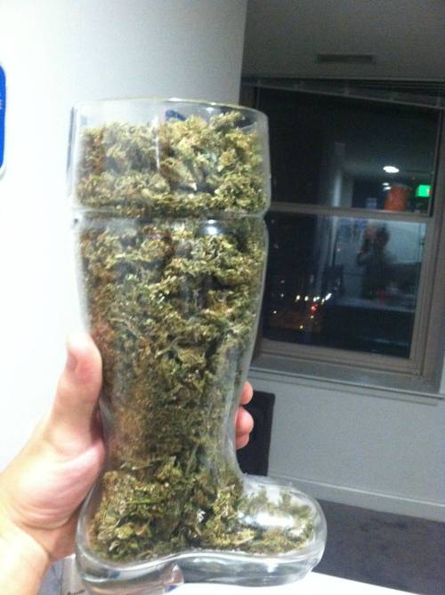 weedporndaily:  Das boot 420 version