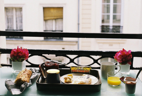 paularoidmoments:  Breakfast in Paris by Dottie B. on Flickr.