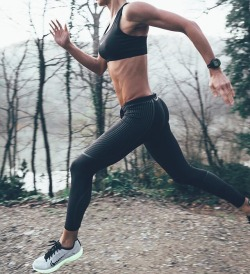 fitblr fitspo motivation run nike outdoors healthy fit abs fitness workout fitspiration runner gokcenarikan