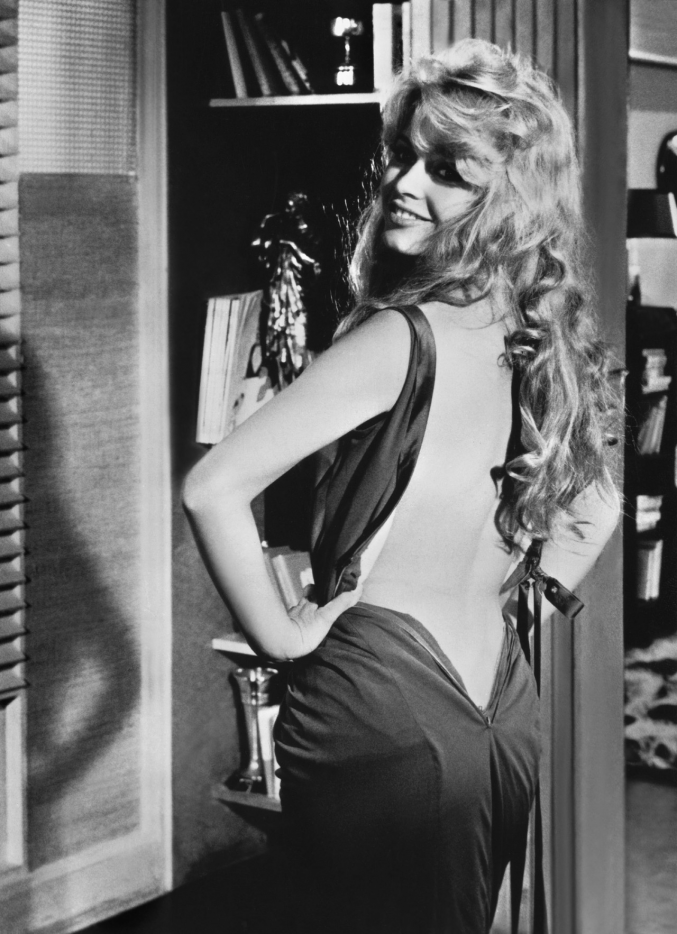 retrogirly:  Brigitte Bardot unzipped ;)