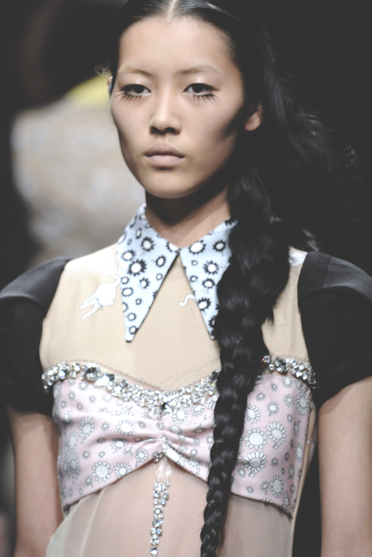 miu miu s/s 2010, liu wen on the runway at paris fashion week