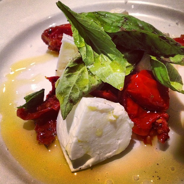 Dinner @eataly last night! Fresh #mozzarella #roastedtomatoes #basil and #oliveoil