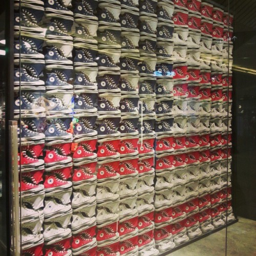evachen212:  American flag made of Converses… spotted in Beijing!  OMG!!!