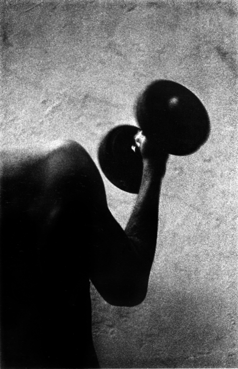 onlyoldphotography:  Ralph Gibson: Arm and weight, 1967