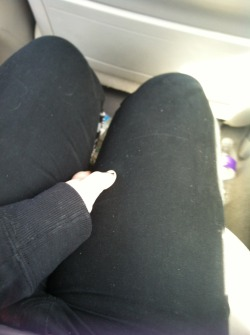 My legs are huge >.