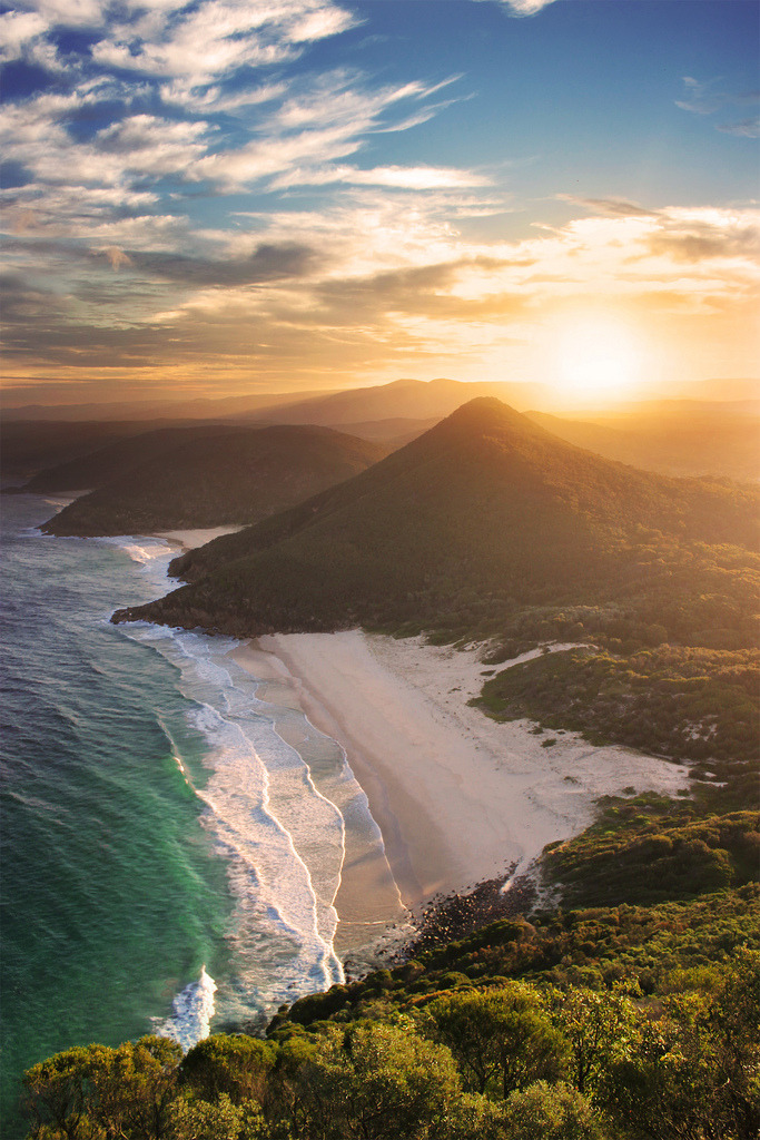 travelingcolors:  Zenith Beach, New South Wales | Australia (by Rhys Pope)