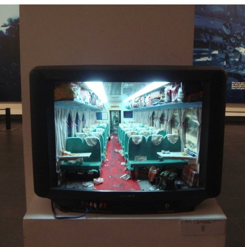 youdidwhatnow:  Zhang Xiangxi builds rooms inside old TVs.