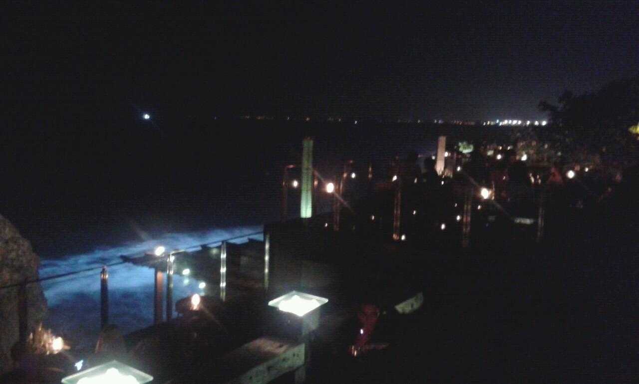 Ooohh Rock Bar (@ Ayana Resort)