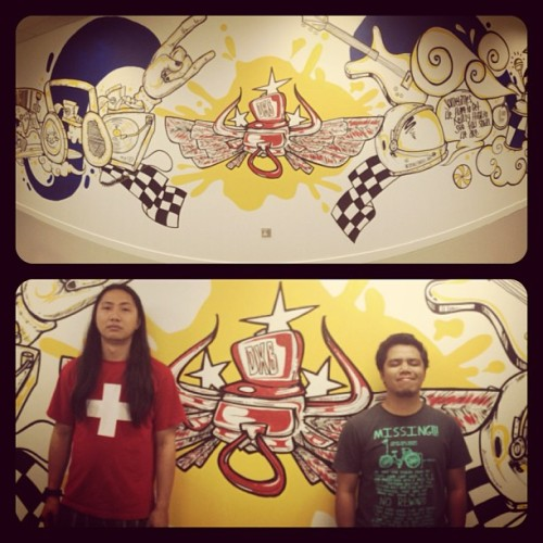 Me and @pinkblot reppin' Brownmonkeys for Rebull! #redbull #art #artoftheday #illustration #mural #wall #urban #doodle #painting #graffiti #igart #igdraws #igersart #collab
