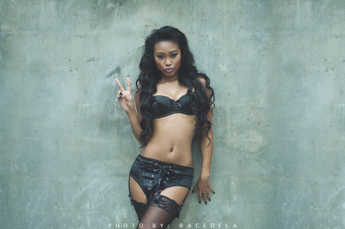 "aceofla:  "" Dueces"" with @theblkdmnds Model: @KouwaiPotocnik  Make up: @marissadontweet"