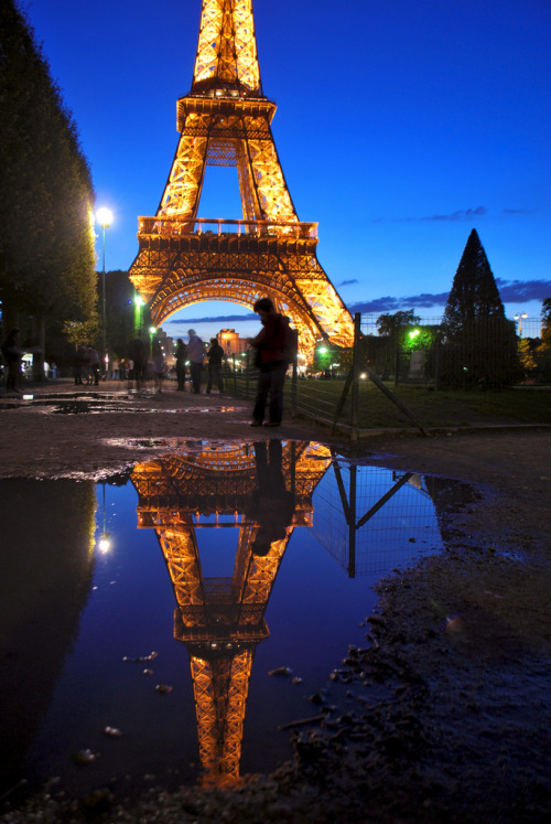 -vvaste:  Reflections of Paris (by Jeka World Photography)