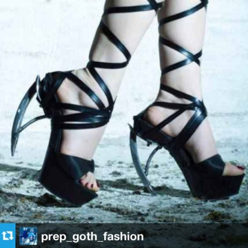 "kunsthal:  ""Look at them heels!"" #Repost from @prep_goth_fashion http://KunsthalMaakMee.nl"