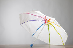 Ginkgo Umbrella (100% recyclable) by Federico Venturi + Gianluca Savalli + Marco Righi.