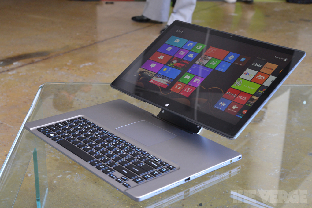 Acer announces the Aspire R7. It combines a desktop, laptop, and tablet; but I can't understand why anyone would want to use a trackpad that's behind the keyboard.