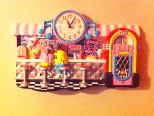 herekitty:  My diner clock