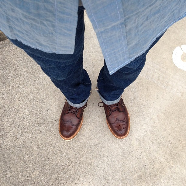 tak8:  #本日の下半身 #sophnet #visvim #fashion   Brogues + Denim