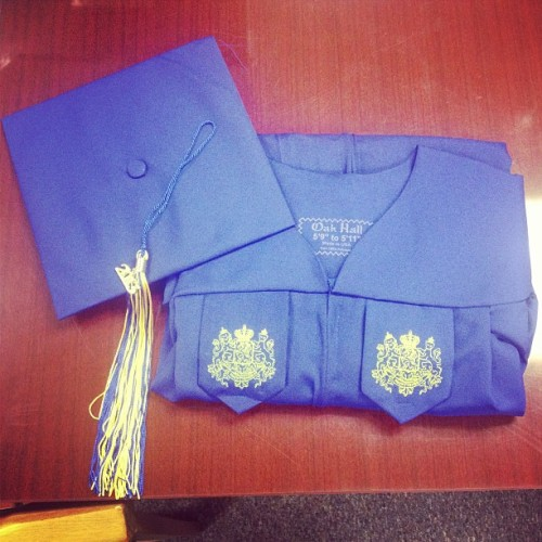 lifeaccordingtojoe:  Just picked up my cap and gown. Can't believe this is actually happening. #hofstra #rollpride #classof2013 #blueandgold  Go Joe! Congratulations!