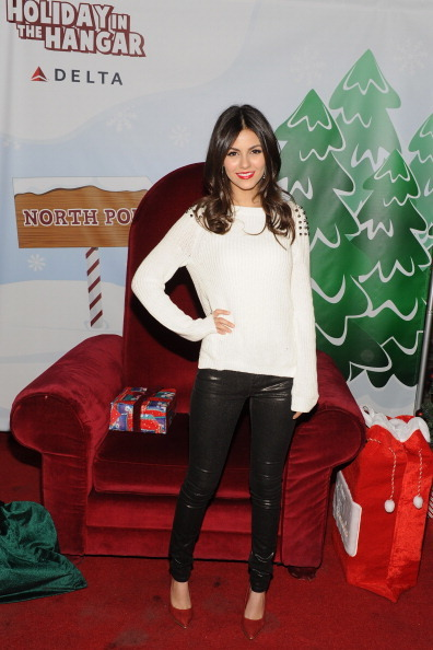The House of Guest (Victoria Justice at the Holiday in the ...