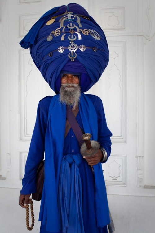 notorious-art:  The turban tunup!