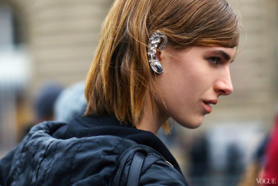 A MUST HAVE!!!  Street Style: Paris Fashion Week Photographed by Phil Oh