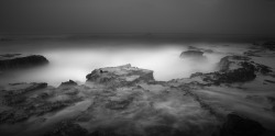 black-and-white:  by Hengki Koentjoro (via Sawarna Beach on Photography Served)