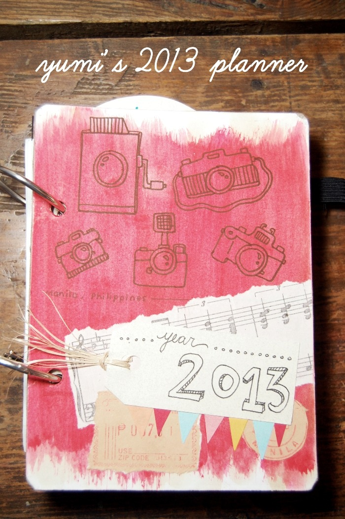 513. DIY Planner year 4 I can't live without a planner. And since pretty planners in the market are a bit pricey (especially the planner from Starbucks), I decided to make one myself. This is the fourth year that I'm doing DIY planners for myself. (read the whole entry at Blogspot)