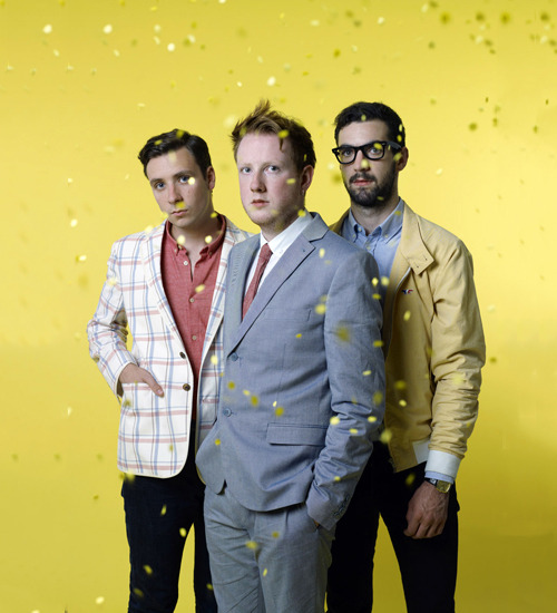Meu meninos de ouro. Two Door Cinema Club