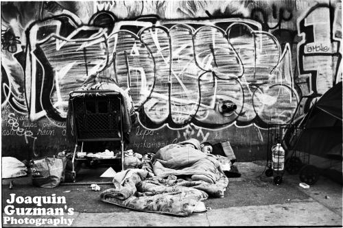 "elavierone: ""Dreaming on SKID ROW"" Black & White FILM:.   @Joaquin Guzman's Photography http://elavierone.tumblr.com https://www.facebook.com/joaquin.a.guzman.1?ref=tn_tnmn"
