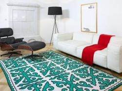 True Identity Concepts:  Beautiful modern color and design pattern on the rug. Photo Source:  Zuhausewohnen.de