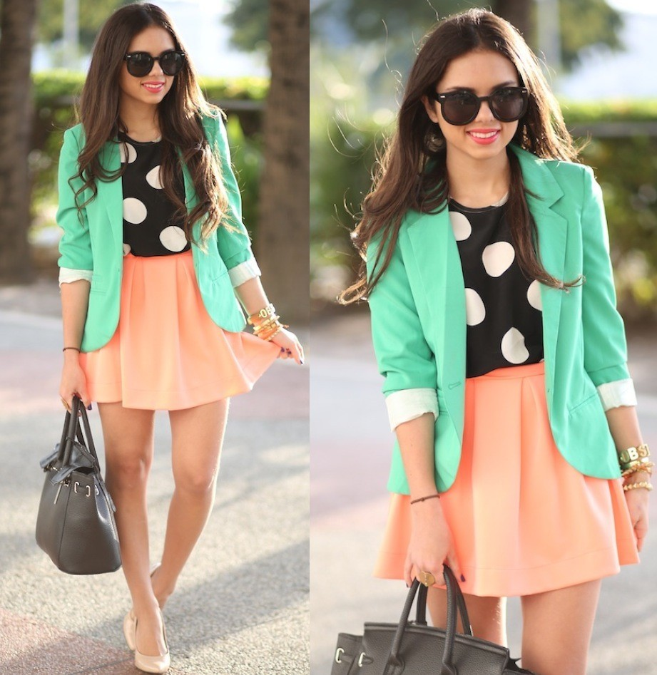 lookbookdotnu:  Big dots…and colors! (by Daniela Ramirez)