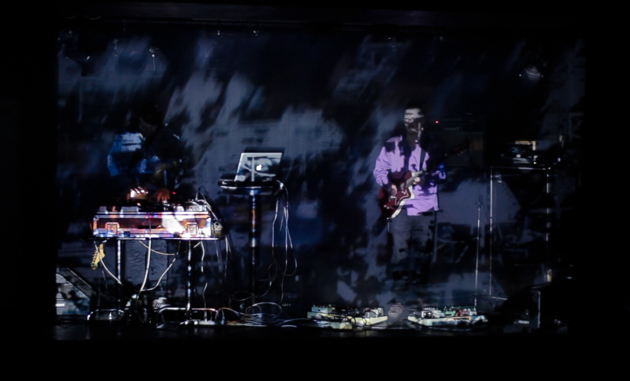 This Kind Of Music live @ Betong. Visuals by Sigurd Ytre-Arne.