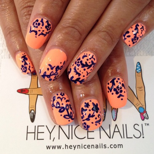 heynicenails:  @chinaglazeofficial Sun Of A Peach with navy blue #nailart #lbc   (at Hey Nice Nails)