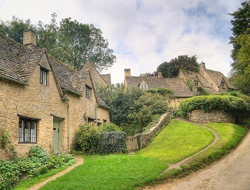 keepcalmandtraveltheworld:  Bibury, Cotswolds, England