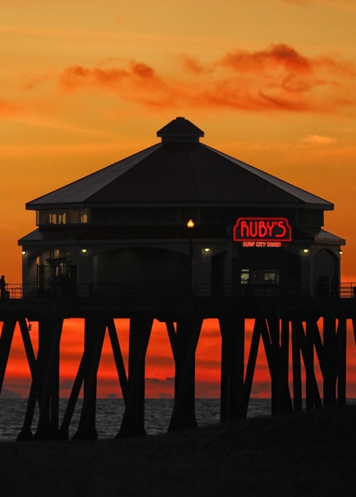 galixies:  Huntington Beach Pier By [Nob's Arts and Photography]