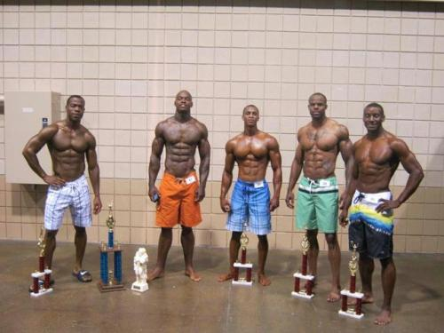 dare2breal:  My Gawd!!!! Have Mercy!!!  Omg !!!! All those sexy chocolate bodies !!!! (Milk + Dark chocolate)