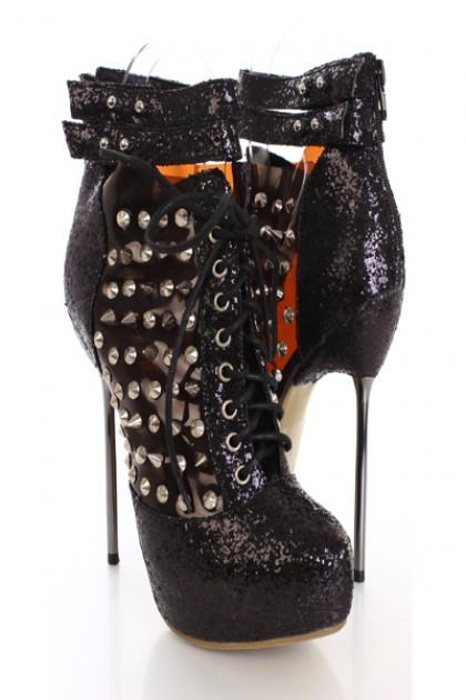 Give any outfit that extra edge with these stylish bootie heels! Throw on some killer accessories and your ready for a brutal night of fun and mayhem!! The simple yet stylish design is sure to make these booties your most favorite this season. Make sure to add these to your collection, it definitely is a must have!