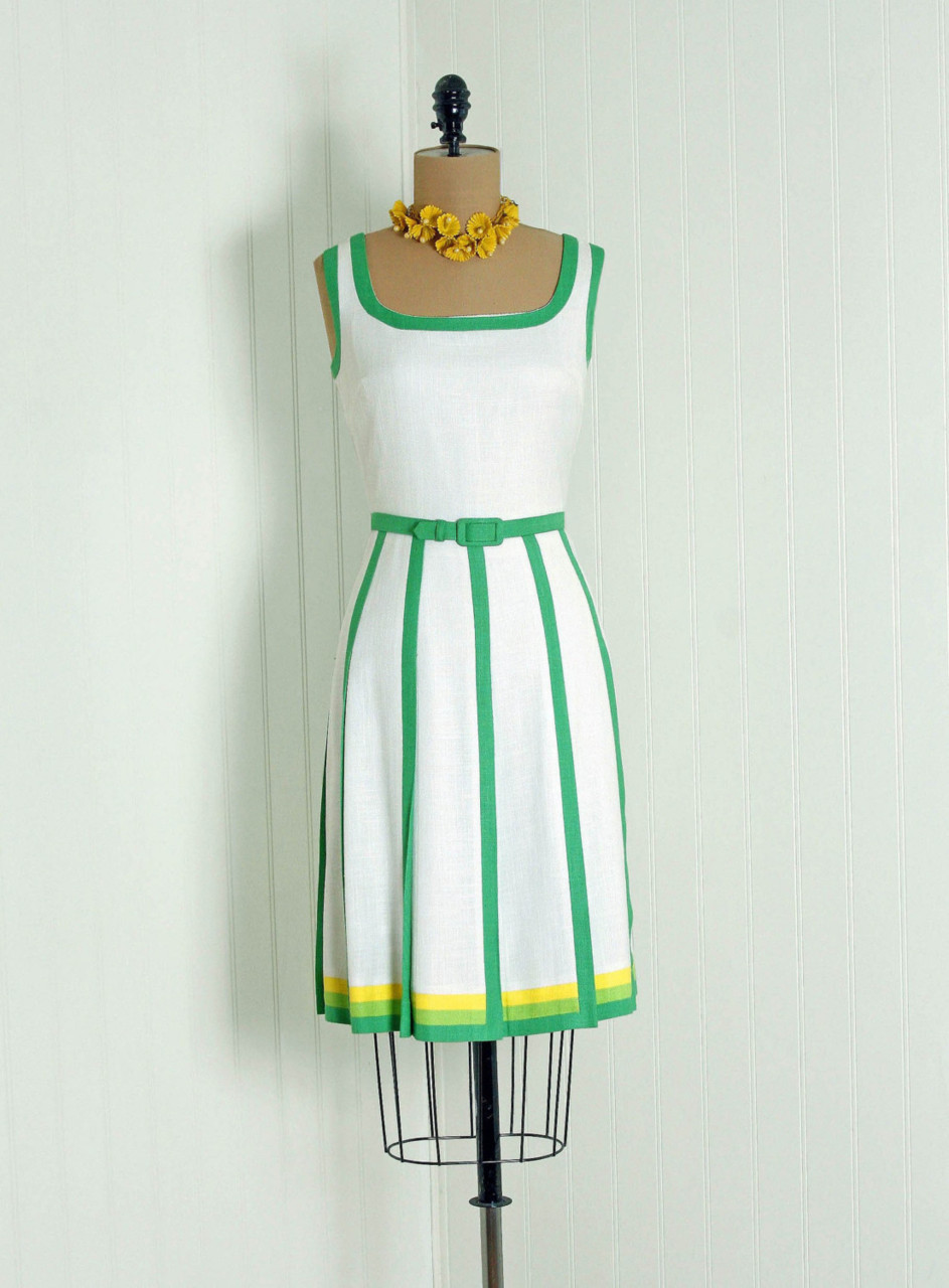 omgthatdress:  Dress 1960s Timeless Vixen Vintage  so amazing.