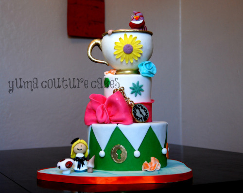 Alice in Wonderland Cake (by Yuma Couture Cakes)