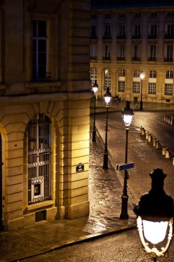 bluepueblo:  Late Night, The Latin Quarter, Paris photo via fulya