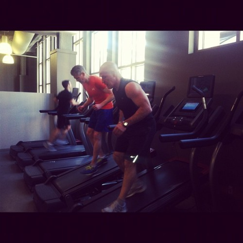 Backwards on the treadmill to switch it up and shock the body to burn fat! #thegymatcitycreek #fitness #personaltraining