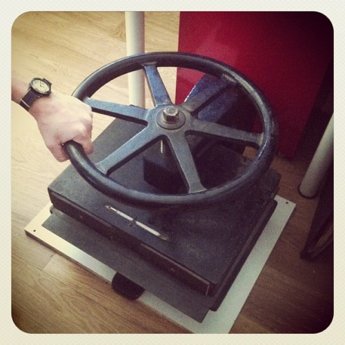 Our new toy! #press #vintage #engraving (at home)