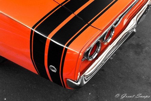 musclecarblog:  Dodge Charger by Great Snaps ! on Flickr.