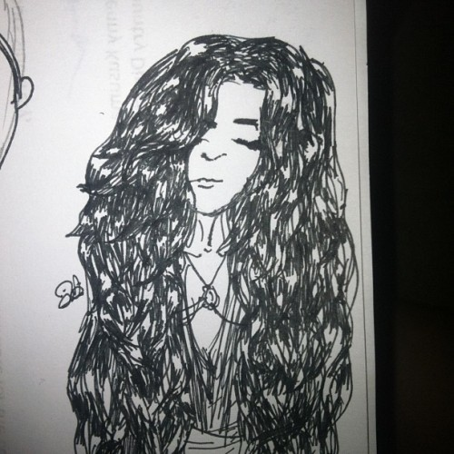 #art #drawing #girl #wavy #hair #fashion #latingirl #iphonesia