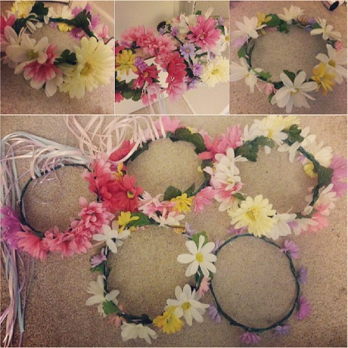I think I had too much fun…. LOL. Anyone wanna buy one ;) #flowercrown #floral #flowers #diy #doityourself #forsale #instagood