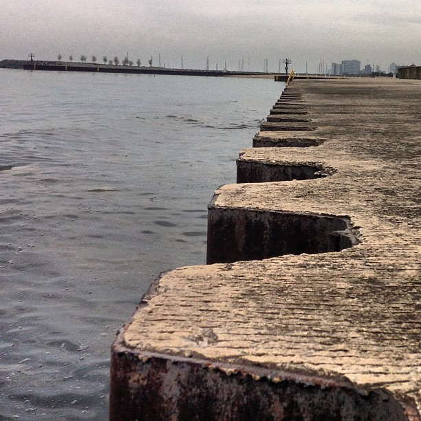 Lakeside. #chicago #photography #water #edge